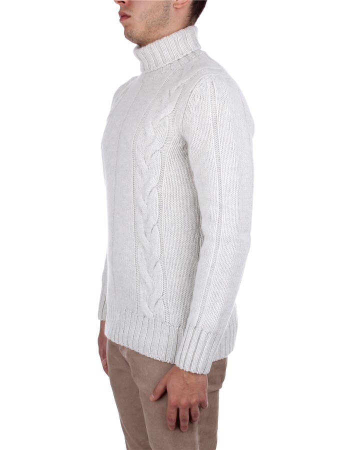H953 Sweaters White